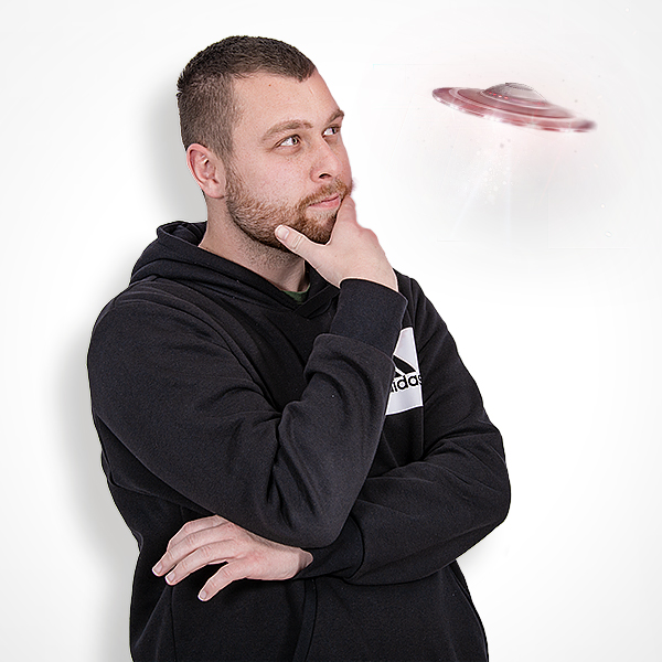 Sekundäres Mitarbeiterbild von unserem Media Designer - Nick Zourkos