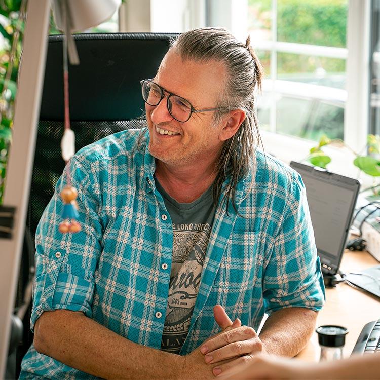 Primäres Mitarbeiterbild von unserem Managing Director - Georg Hensch